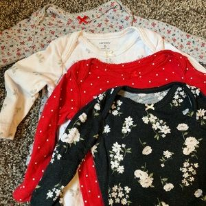 Carter's One Pieces - Carters set of 4 onesies